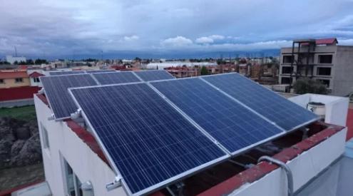 Sistema de 2.08 kWp  Residencial Cascadas.  Instalados en Metepec, Estado de México