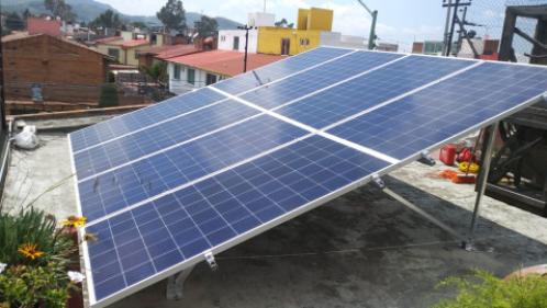 Sistema solar de 5.28 kWp  Colonía cientificos.  Instalados en Toluca, Estado de México.